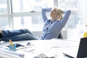 worried-business-woman-000062269190_Medium